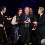 Serrat homenaje en los Grammy latinos