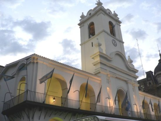 del Cabildo para conmemorar el Aniversario de la Revolucion de Mayo