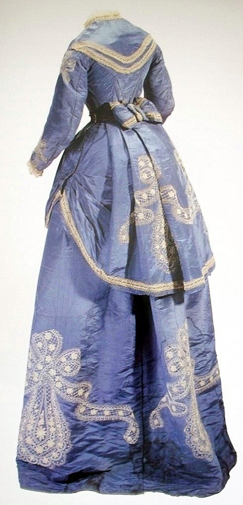 vestimenta poca colonial (8)