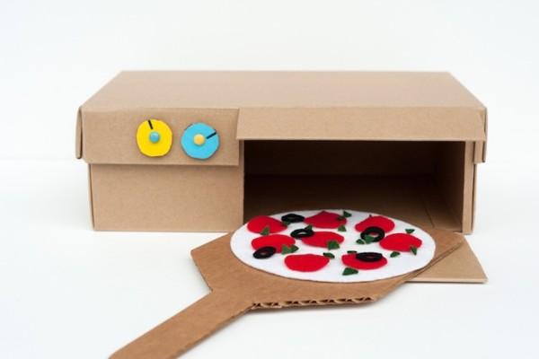 Im genes de juguetes reciclados para ni os hechos a mano - Casas para belenes hechas a mano ...