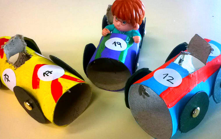 im genes de juguetes reciclados para ni os hechos a mano