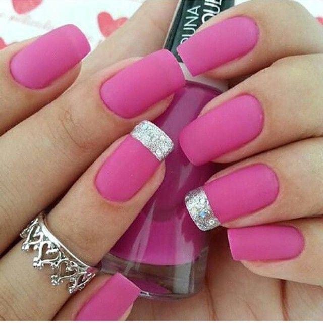 decoracion-de-uñas-rosadas-largas