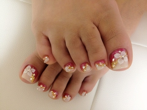 elegant_pedicure_designs