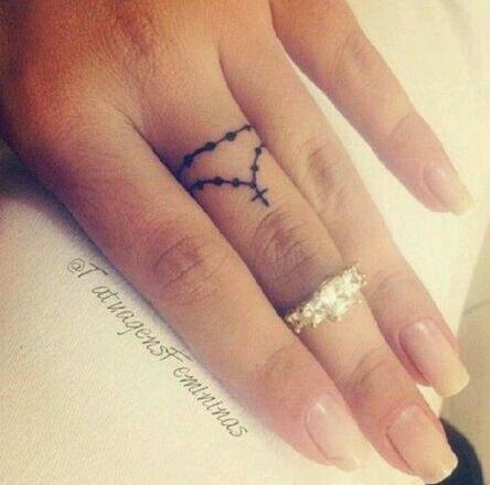 tatuajes-para-mujeres-pequenos-126