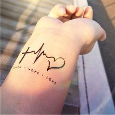 tatuajes-para-mujeres-pequenos-15