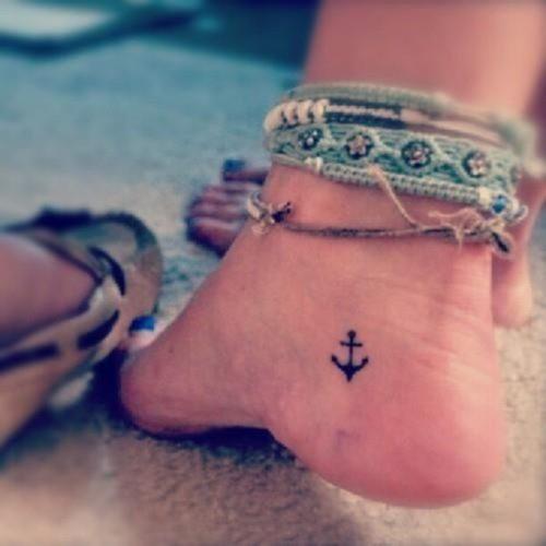 tatuajes-para-mujeres-pequenos-26