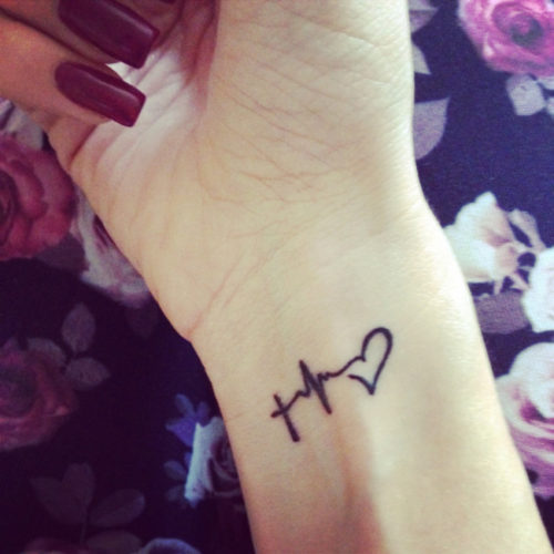 tatuajes-para-mujeres-pequenos-40