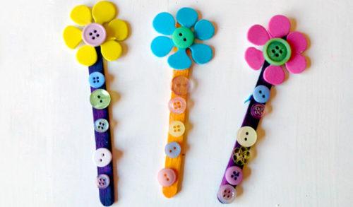 manualidades-para-ninos-faciles-flores-botones