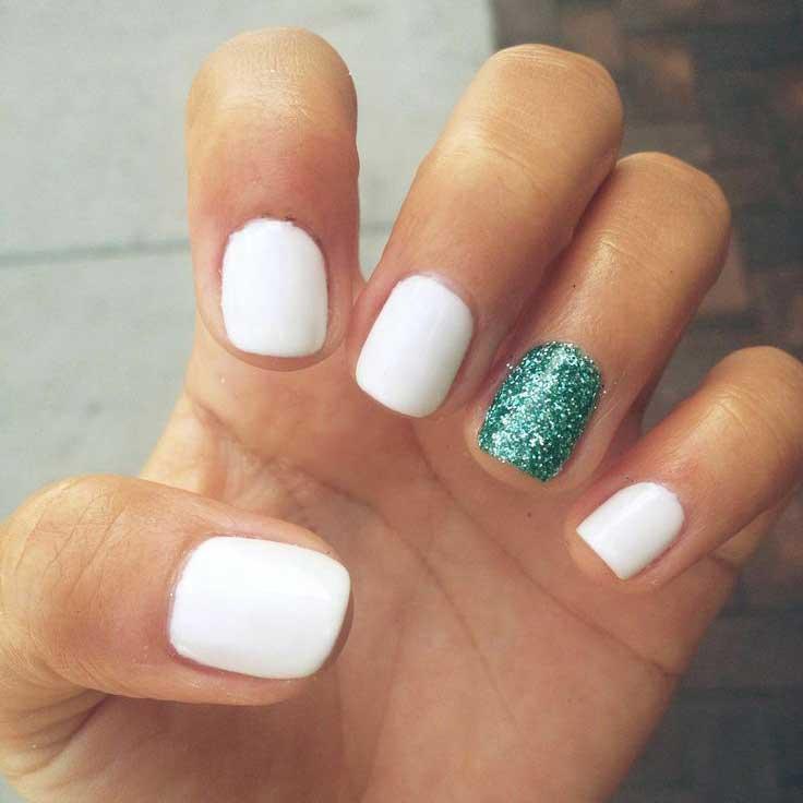 Imágenes de uñas decoradas cortas con bonitos diseños