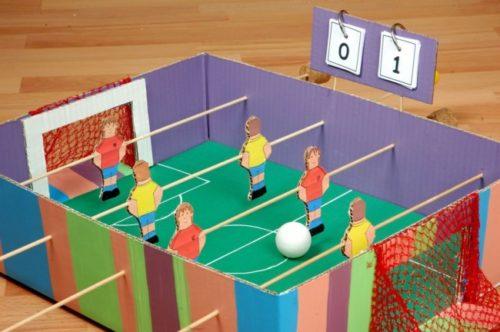 futbolin-para-ninos-con-materiales-reciclados