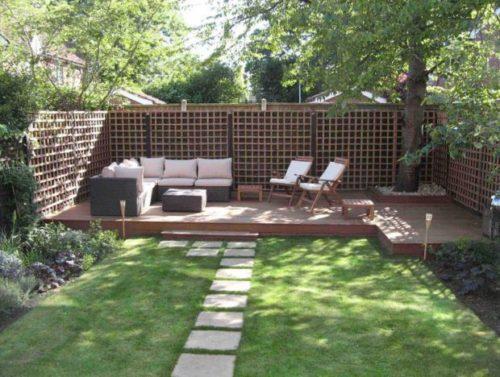 ideas-para-decorar-jardines-modernos-con-sillones
