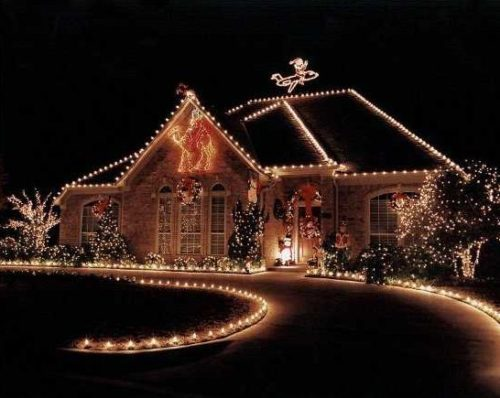 decoracion-de-fachadas-de-casas-con-luces-navidad-1