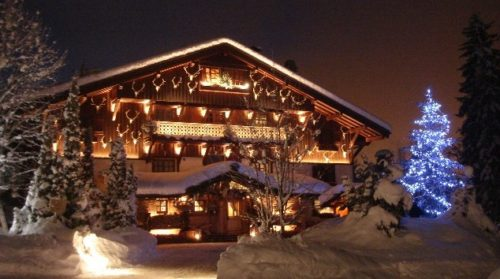 decoracion-de-fachadas-de-casas-con-luces-navidad-12
