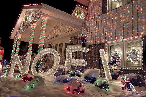 decoracion-de-fachadas-de-casas-con-luces-navidad-19