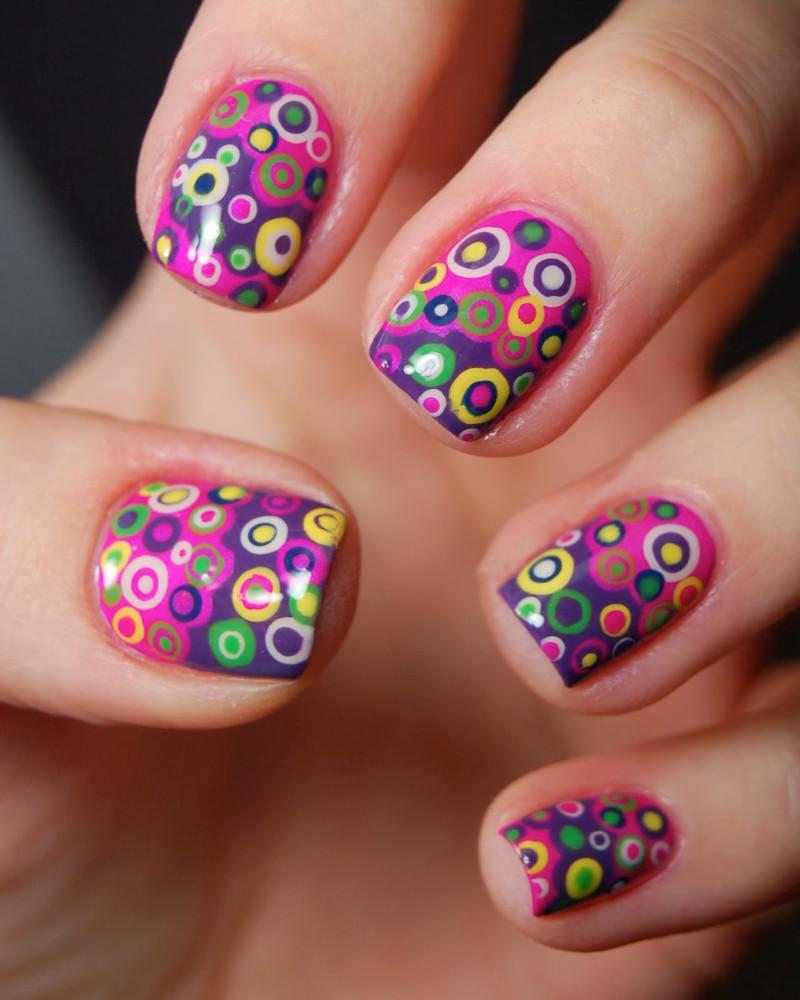 Dise os de u as decoradas con puntos muy creativos - Disenos de unas decoradas ...