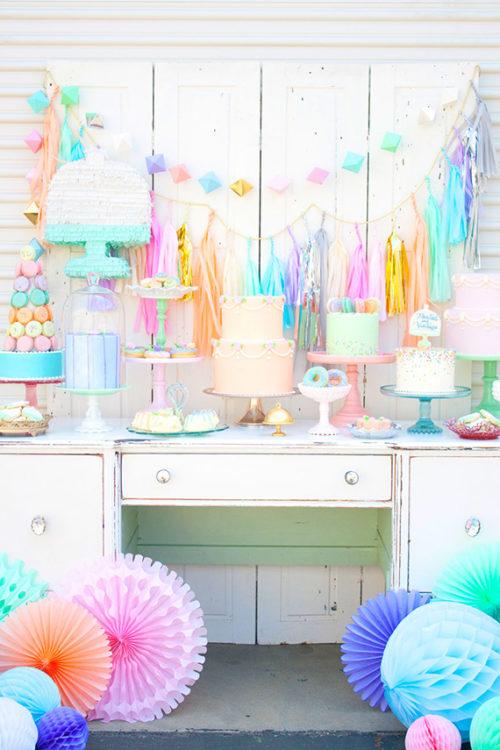 beautiful decorar cumpleaos infantiles de nias decoracin de cumpleaos con estilo vintage combinando diferentes colores en tonos pasteles with decorar una