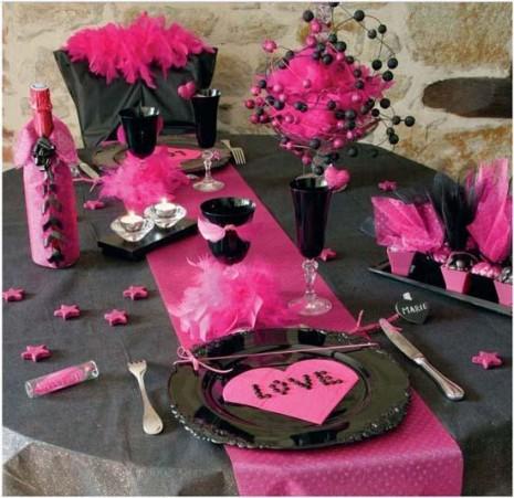 rosa-negro-decorar-mesa-san-valentin-L-OXl7rK