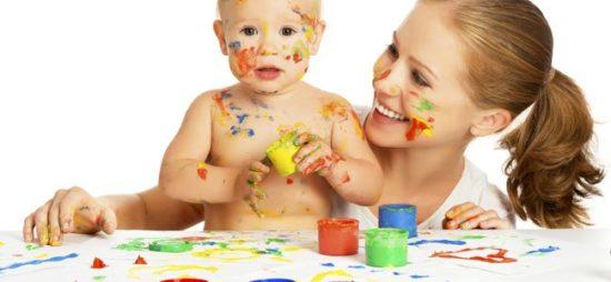 Niños felices jugando  (31)
