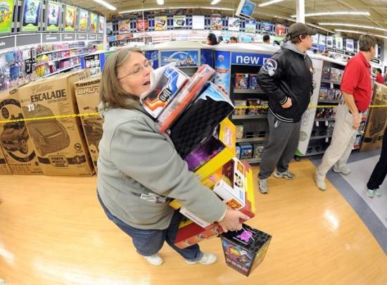 Black Friday gente loca comprando  (12)