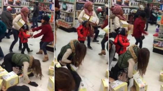 Black Friday gente loca comprando  (6)