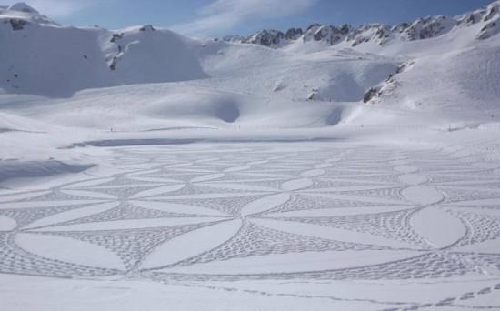 Imágenes de arte en nieve Simon Beck  (7)