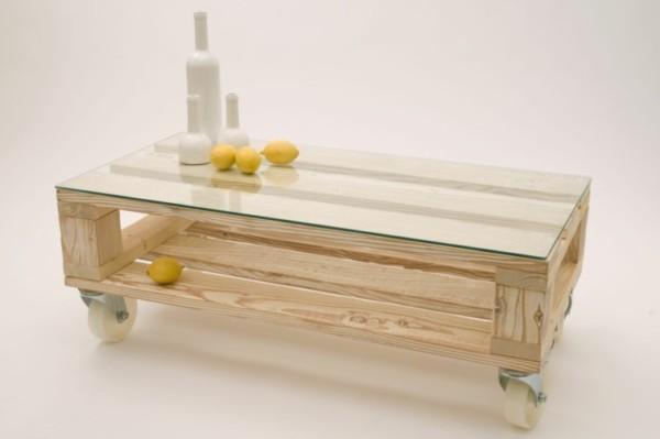 muebles-hechos-con-palets-cristal-ruedas