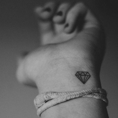 tatuajes-para-mujeres-pequenos-100