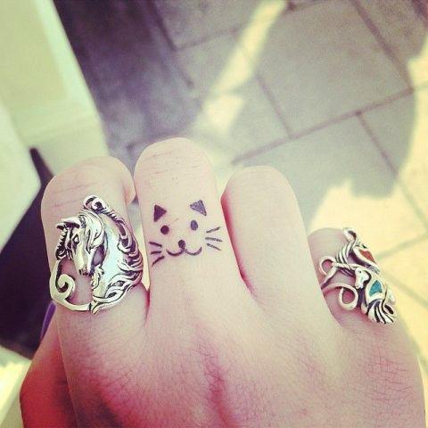 tatuajes-para-mujeres-pequenos-92