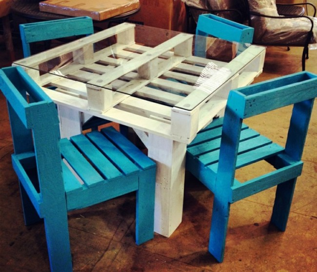 Im genes de muebles con palets sofas mesas camas ideas - Sillas hechas con palets ...