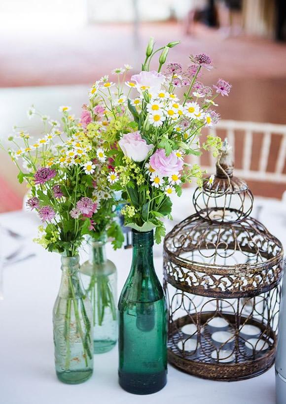 Ideas Matrimonio Simbolico : Centros de mesa para boda con frascos botellas y velas