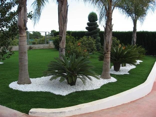 Dise o y decoracion de jardines modernos peque os o for Decoracion de jardines con piedras y madera