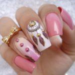 72 Diseños de uñas decoradas con atrapasueños