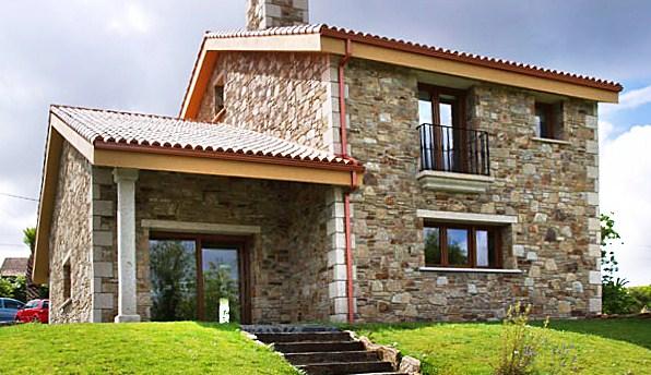 Fachadas de casas rsticas coloniales y de campo antguas y