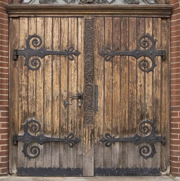 175 puertas de madera para tu casa que te encantar n for Puertas grandes antiguas