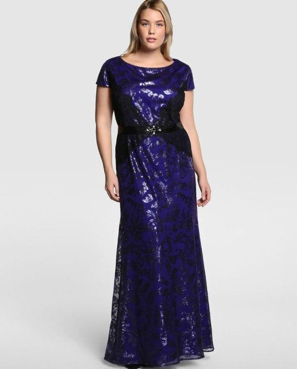 560fd4f024 Un vestido todo de paiget de color azul oscuro