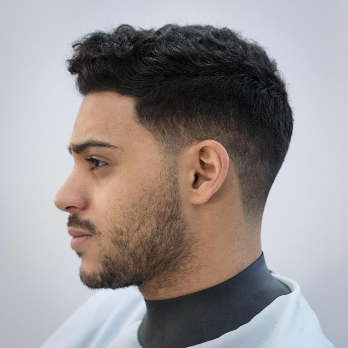 haircuts for curly hair guys los mejores cortes de cabello para hombres 2019 2096 | rumbarber short haircut for curly hair men 2018 fade